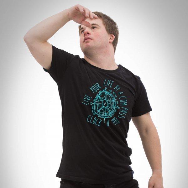 VOI fesch Kompass Herren Shirt in schwarz von David Cheng