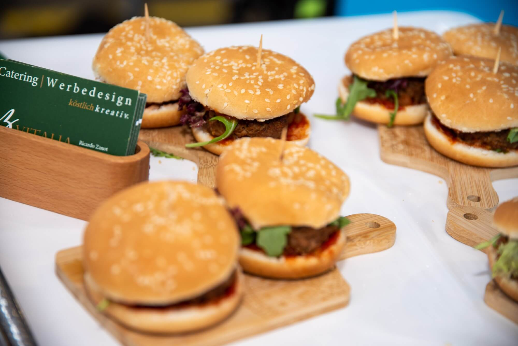 Leckere Burger von Vitalia Catering