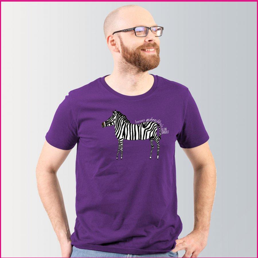 """Produktfoto Männer T-Shirt mit dem Motiv """"Josef das Zebra"""" von Albert Masser"""