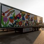 Motiv Blumenwiese von Künstlerin Angelika Klaus. Das Motiv zeigt bunte Blumen und Insekten.