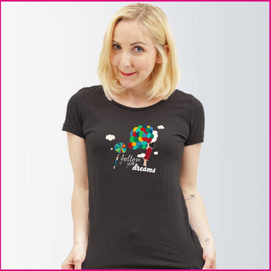 Frauenshirt mit dem Motiv Follow your dreams von Konrad Wartbichler